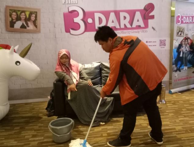 3 Dara 2, Keseruan Bapak Rumah Tangga